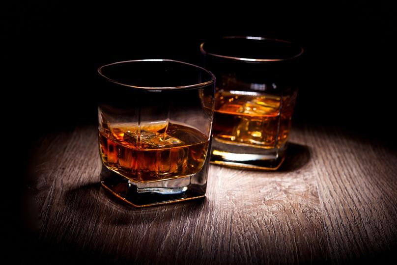 バーボンとウイスキーの違いは?【味の特徴と美味しい飲み方】